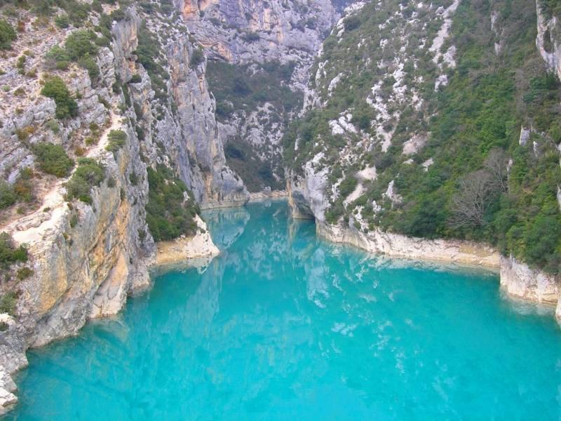 Camping autour du lac de sainte croix dans les alpes de - Office du tourisme lac de sainte croix ...