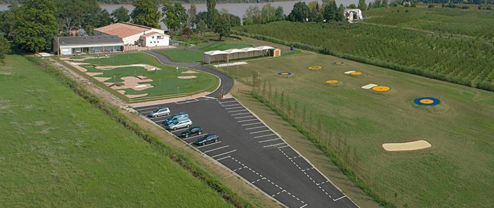 golf cologique parc de la presqu 39 le d 39 amb s taxi. Black Bedroom Furniture Sets. Home Design Ideas