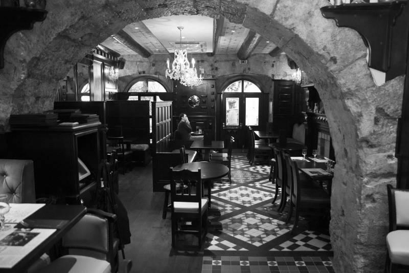 O boire un verre au vieux port de marseille taxi - Taxi from marseille airport to vieux port ...